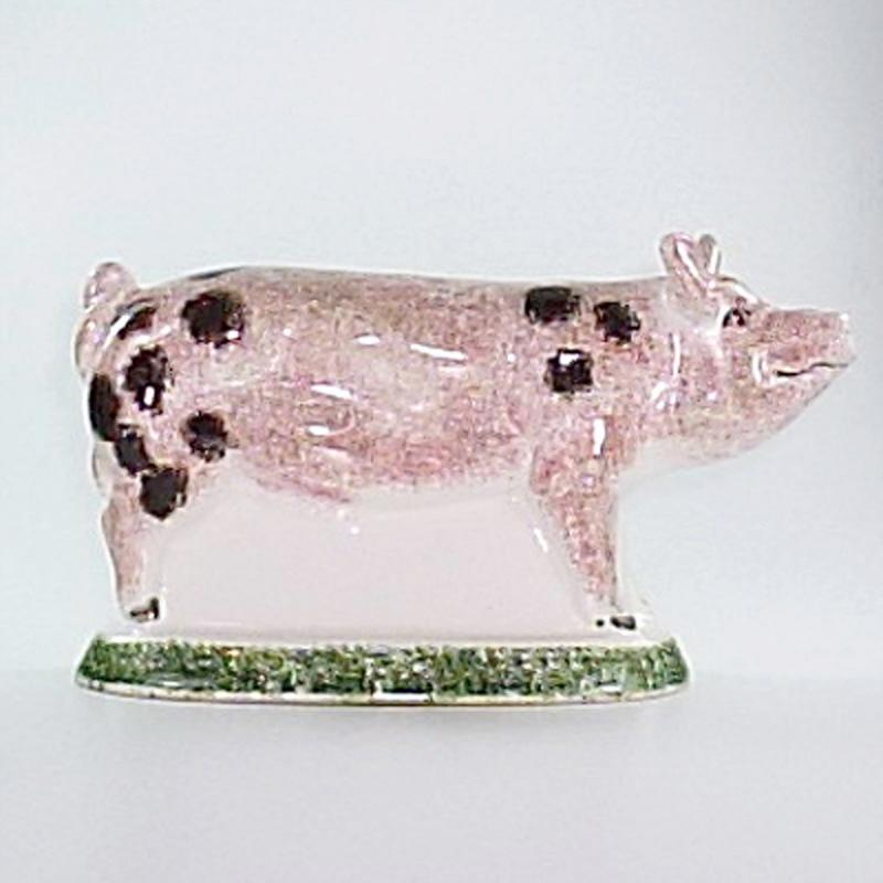 Großes Schweinchen stehend schwarz gefleckt Original englische Rye-Keramik