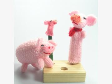 Fingerpuppen/Strickschwein Schweine-Trio gestrickt Bolivien und Peru
