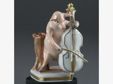 Musikant Baßgeige Schwein Porzellan. handbemalt . Porzellanmanufactur Plaue