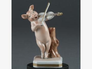 Musikant Geige Schwein Porzellan. handbemalt . Porzellanmanufactur Plaue