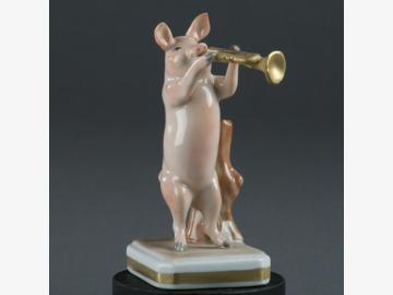 Musikant Trompete Schwein Porzellan. handbemalt . Porzellanmanufactur Plaue