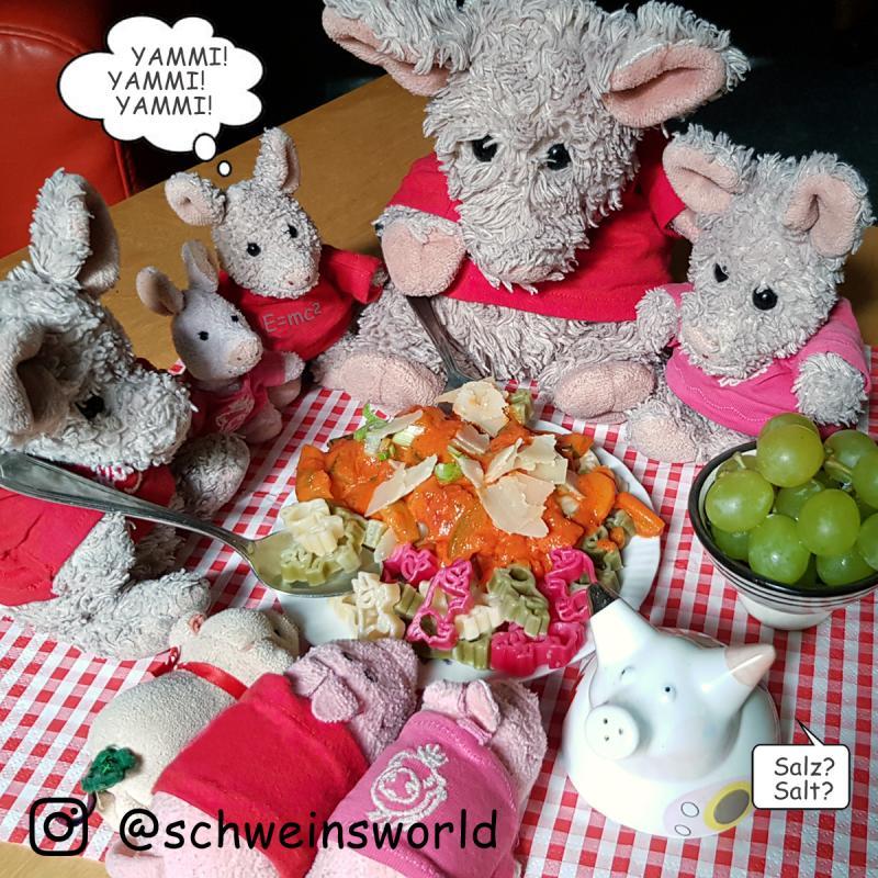 Nudeln Motiv Glücksschwein bunt ohne Ei, 250g